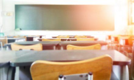 """Sınıfta Gösterilen Resime Bakmayan Müslüman Çocuğa """"Laikliği İhlal Ettin"""" Suçlaması"""