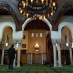 Fransa'da Camiler Tekrar İbadete Açılıyor