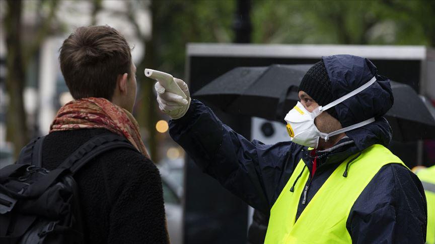 Almanya'da Robert Koch Enstitüsü, koronavirüs salgınında son 24 saate 25 bin 831 vaka tespit edildiğini açıkladı. @aa