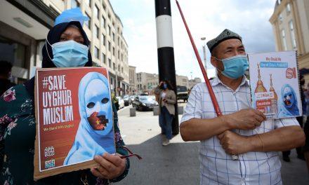 """Brüksel'den Çin'e Uygur Türkleri Çağrısı: """"Soykırımı Durdurun"""""""
