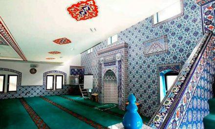 Fransa İslam Toplumu Millî Görüş, Camilerini Yarından İtibaren Kapatıyor