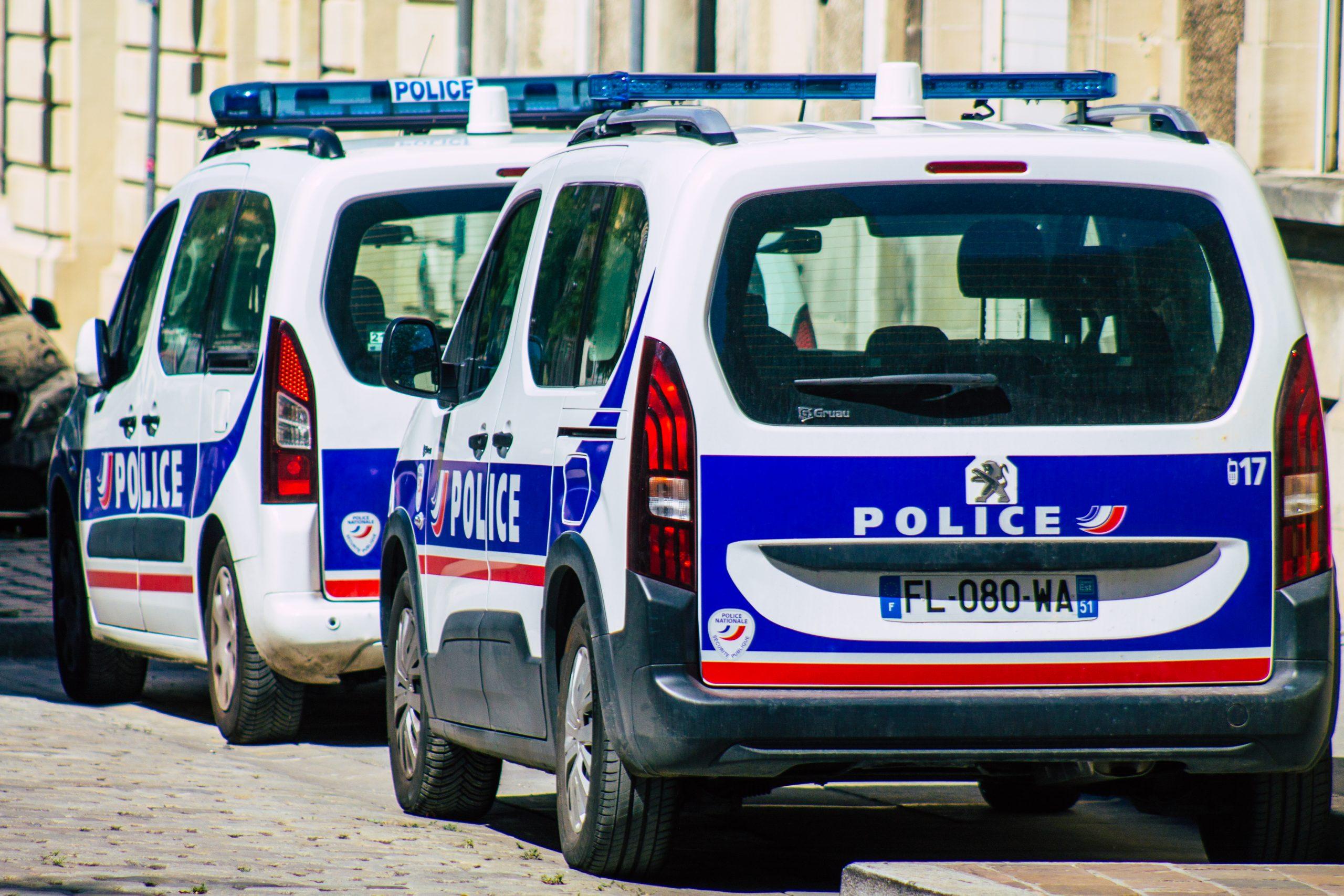 Fransa Polisi @Shutterstock