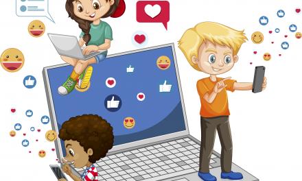 Anne Babalar Çocuklarının Sosyal Medya Kullanımını Nasıl Pozitif Etkiler?