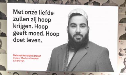 Hollanda Eindhoven Mevlana Camii'nden Evsizler İçin Örnek Dayanışma
