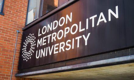 """""""İngiltere Üniversitelerinde İslam Düşmanlığı Kurumsallaşmış Durumda"""""""
