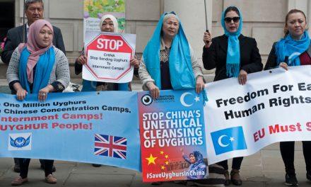 Uygur Türklerine Uygulanan Baskı Ve İşkence Brüksel'de Protesto Edildi