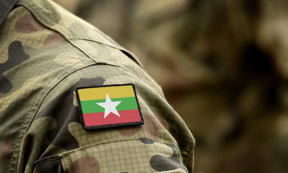 Myanmar asker