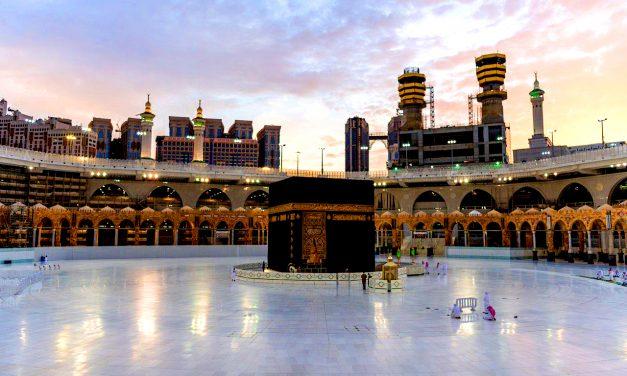 Kabe ve Mescid-i Nebevî'ye Ramazan'da Giriş Şartları Belirlendi