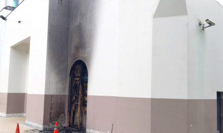 Fransa'da Nantes Arrahma Camii Kundaklandı