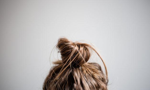 Sıkı Topuz Saç Dökülmesini Tetikliyor