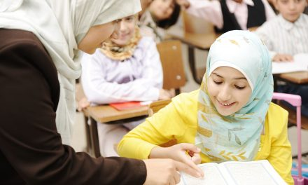 Almanya'nın KRV Eyaleti İslam Din Derslerini Yeniden Ele Alıyor