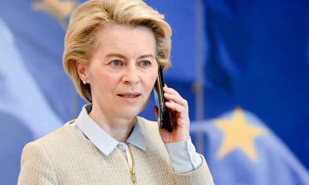 """AB Komisyonu Başkanı von der Leyen """"İslam Düşmanlığına Duyarsız""""lıkla Suçlanıyor"""