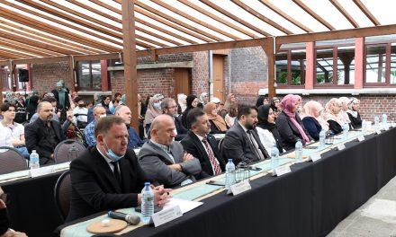İbn-i Sina Enstitüsü Anadolu İmam Hatip Lisesi Yeni Mezunlarını Verdi