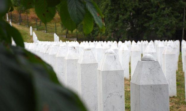 Bosna Hersek'te 'Soykırımı İnkar Etmek' Bugünden İtibaren Suç Sayılacak