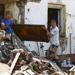 Almanya'daki Selzedeler Eyalet Hükümetlerinin Yardım Kuruluşlarının İşini Zorlaştırmasından Şikayetçi
