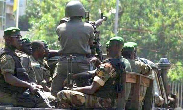 Afrika'da Askeri Darbelerin Sonu Gelmiyor