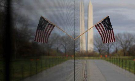 ABD'de Müslüman Öğrencinin Zorla Başörtüsünün Çıkarıldığı İddiası Tepki Çekti