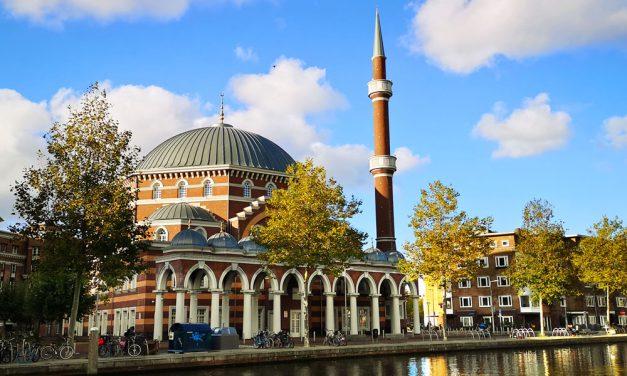 Amsterdam Ayasofya Camii Genişletiliyor